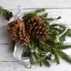 クリスマス飾り。モミの枝で作る簡単スワッグ