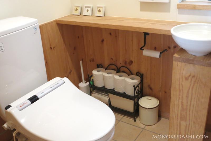 トイレの雑貨置き場