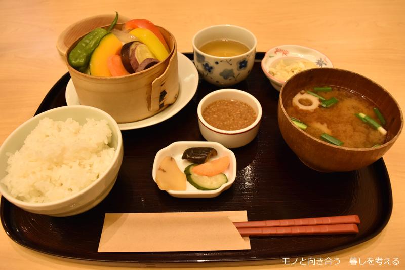 ひだまり小路 土佐茶カフェ「四万十豚と温野菜膳」